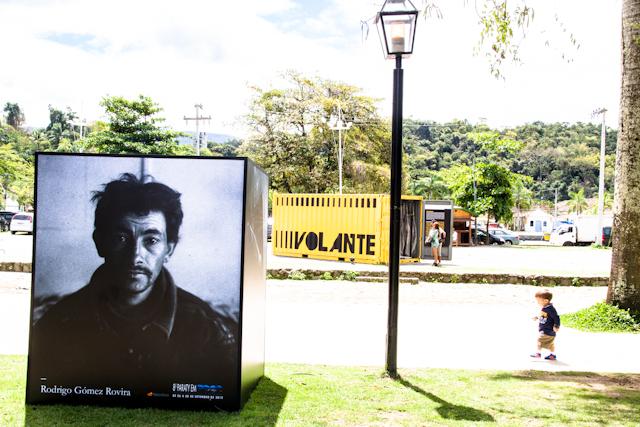 Cubo de Rodrigo Rovira e container do projeto #casalusa   Bella Valle