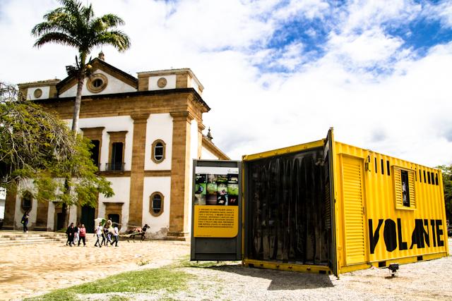 Container FotoVolante do projeto Uma Casa Portuguesa Com Certeza (#casalusa) - laboratório digital itinerante do instagram   Bella Valle