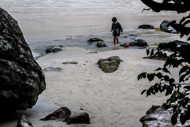 Praia do meio, em Trindade, no meu dia de fujona | Bella Valle