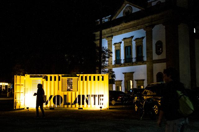 Containers Foto Volante à noite | Bella Valle