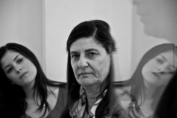 Simonetta Persichetti, ao centro   Ana Lira