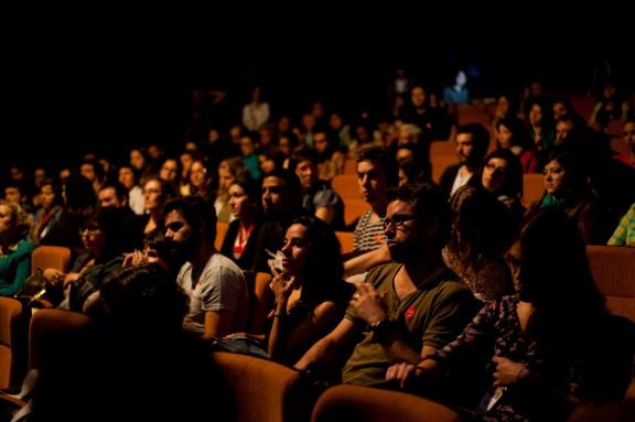 Auditório do MIS lotado no úlitmo dia do II Encontro Pensamento e Reflexão na Fotografia | Maíra Gamarra