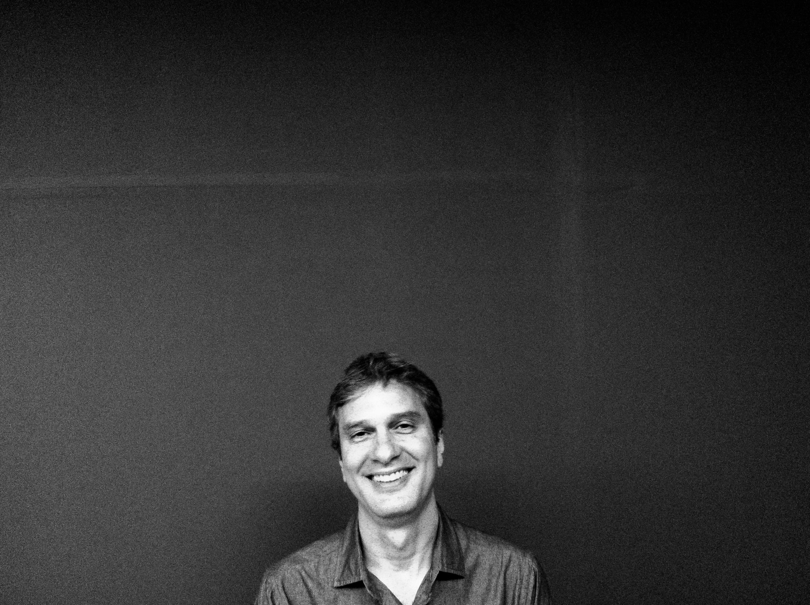 Tiago Santana  | Pri Buhr